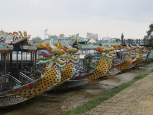 Vietnam by water - Dragon boat.jpg