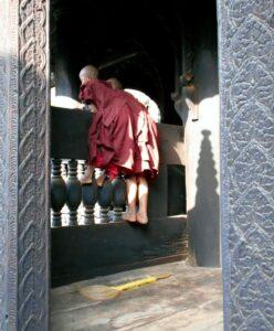 Novice monks at play - InsideBurma Tours