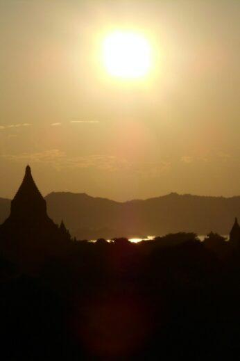 Stupa Sunsets - InsideBurma Tours