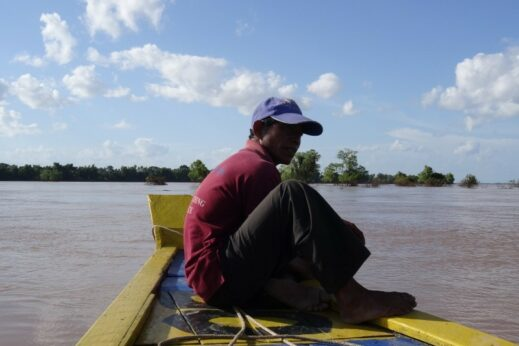 On the way to spot Irrawaddy dolphins in Kratie.