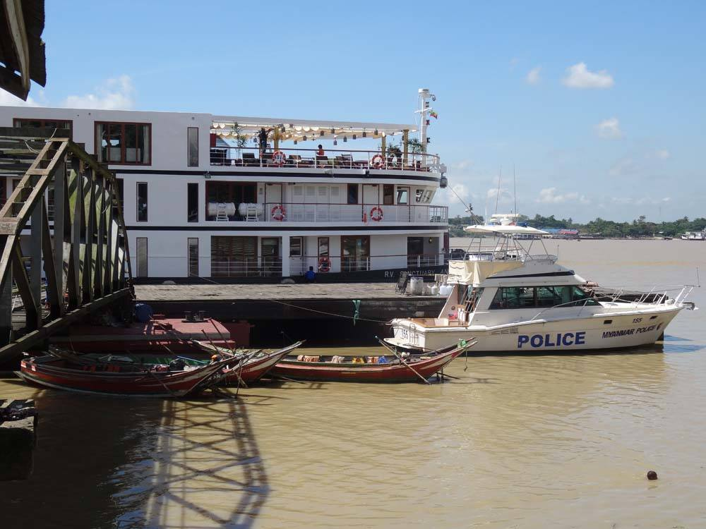 Cruise on the Yangon River