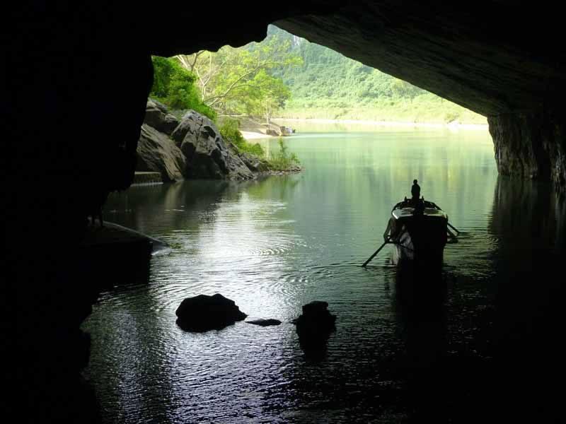 Entering Phong Nha Cave by boat