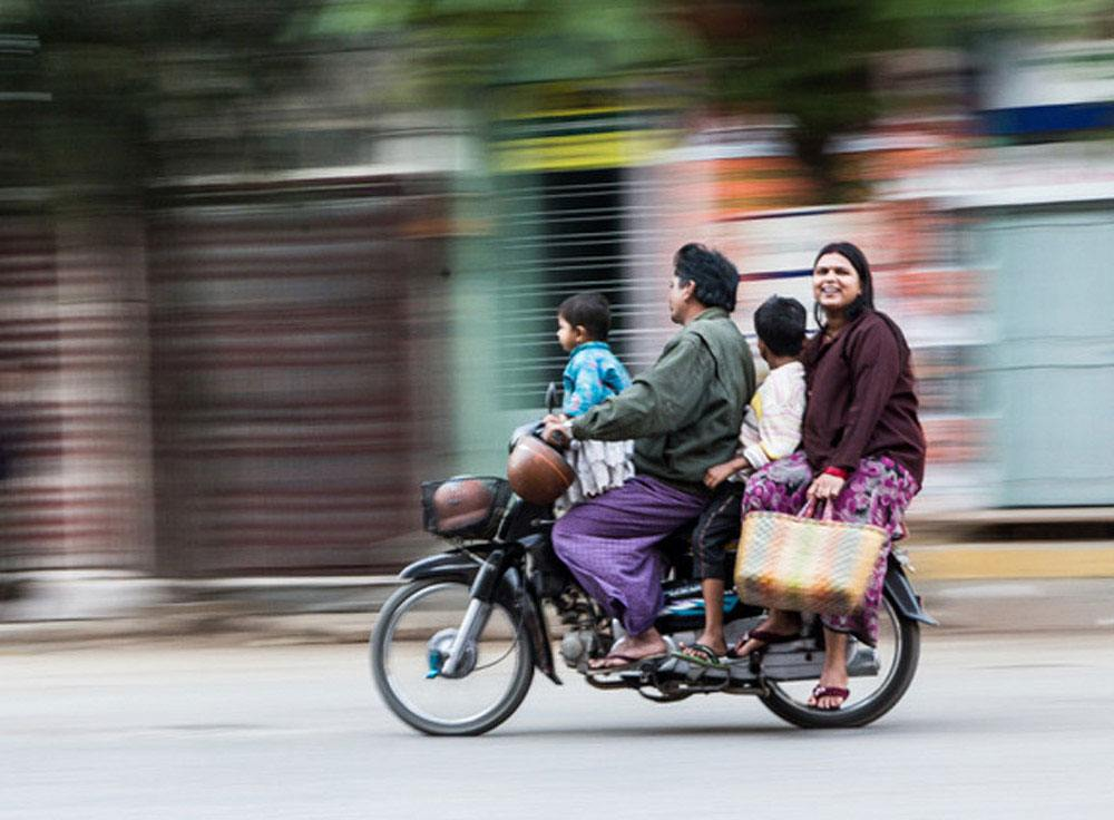 Travel Photography Competition - Busy streets of Mandalay, Burma