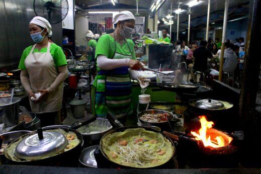 Ho Chi Minh City Vietnam Vespa Street Food tour (2)