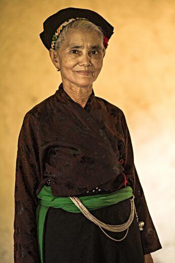 O Du, Vietnamese tribe photography by Réhahn