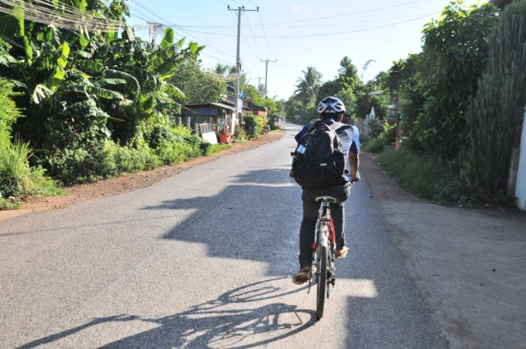 things to do in cambodia cycling in battambang