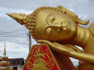 Wat That Luang (8)