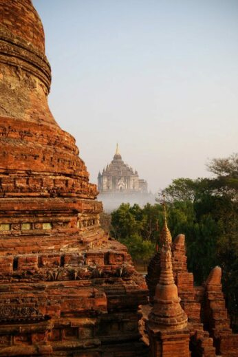 Bagan in the mists
