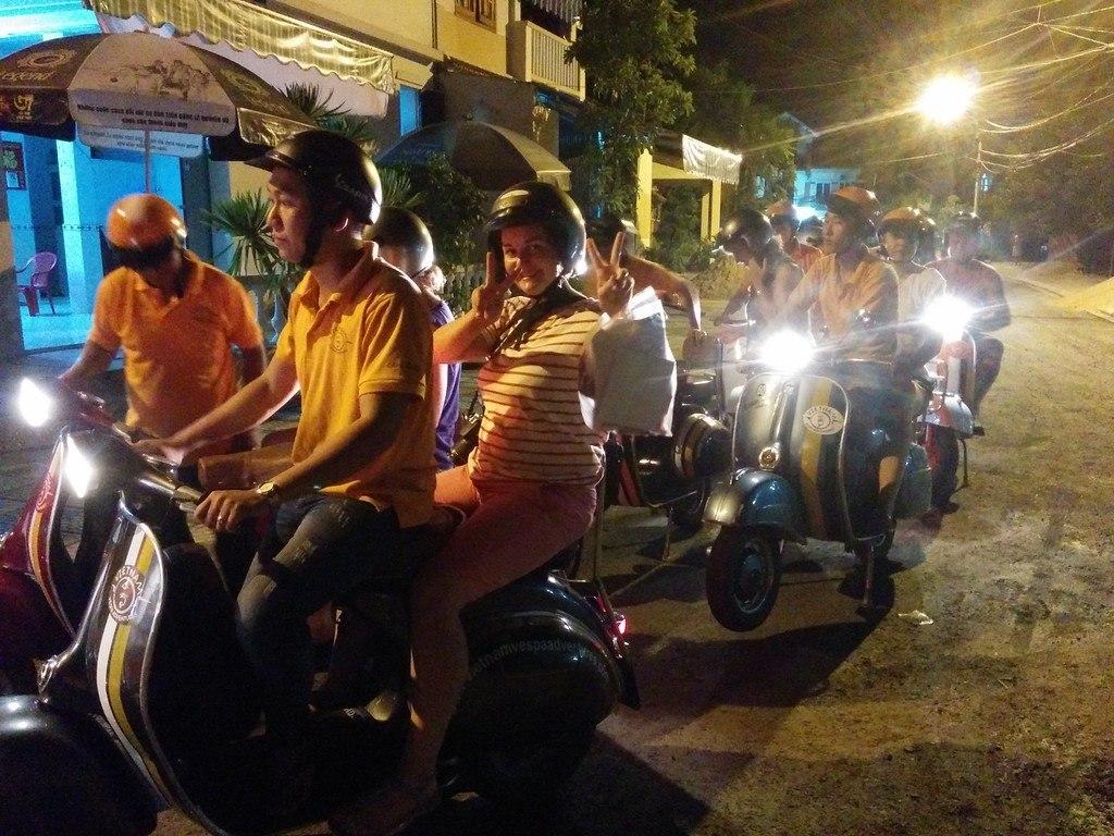 Vietnam Vespa Tour
