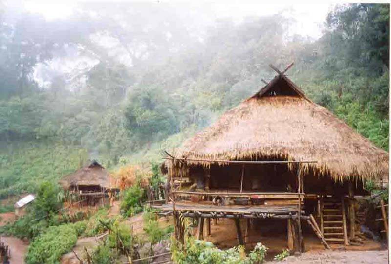 Keng Tung - hill tribe village on the way to chinese border