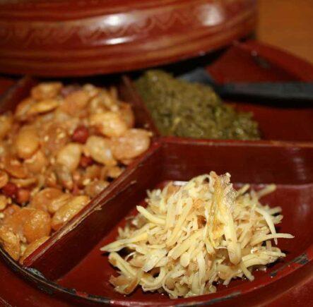 Lahpet & ginger salad