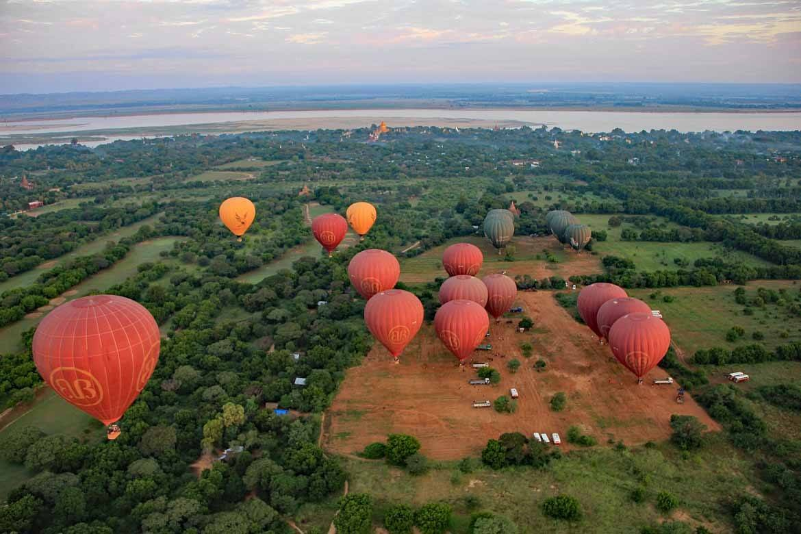 Ballooning over Bagan is an unforgettable experience (Photo: Alistair & Lesley Greenhill)