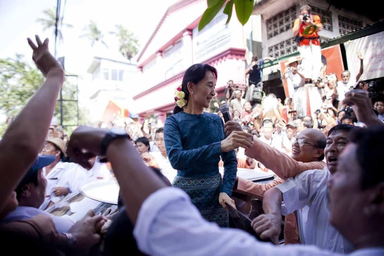Burma or Myanmar? Aung San Suu Kyi states her preference