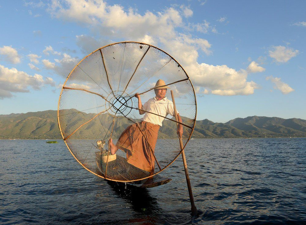 Travel Photography Competition - Traditional fishing and one-leg paddling on Inle Lake, Myanmar