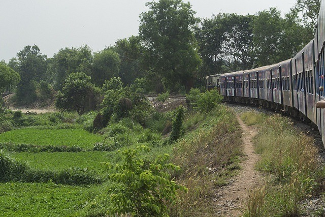 Yangon circle train