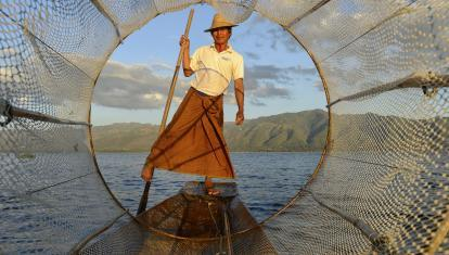 Fisherman on Inle Lake - Tony Forcella ©