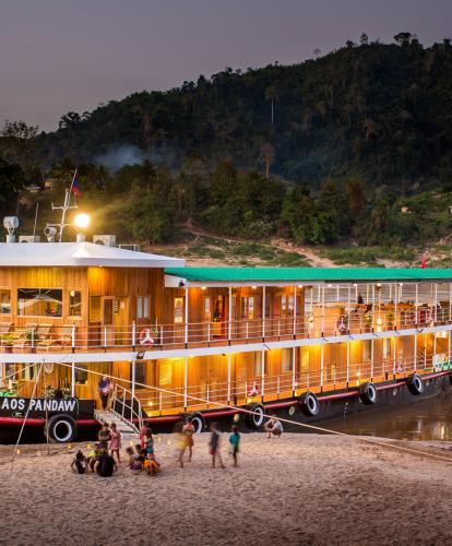 Cruising on the Upper Mekong